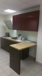 Новый кухонный гарнитур из салона